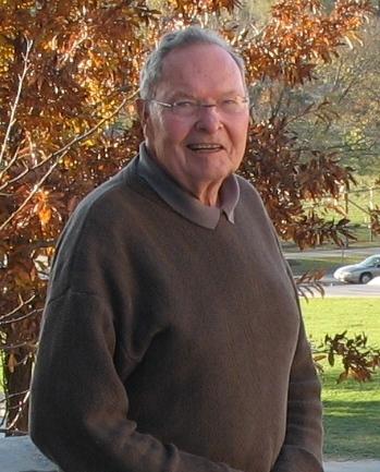 44_03 robert bob hogg 2006